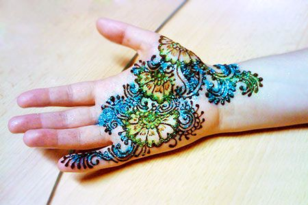 Multi-Color-Bridal-Mehndi-Designs