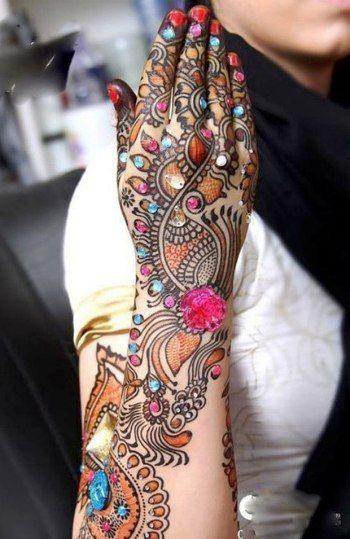 embellished mehendi-