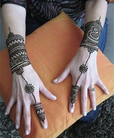 ring and bracelet mehendi design
