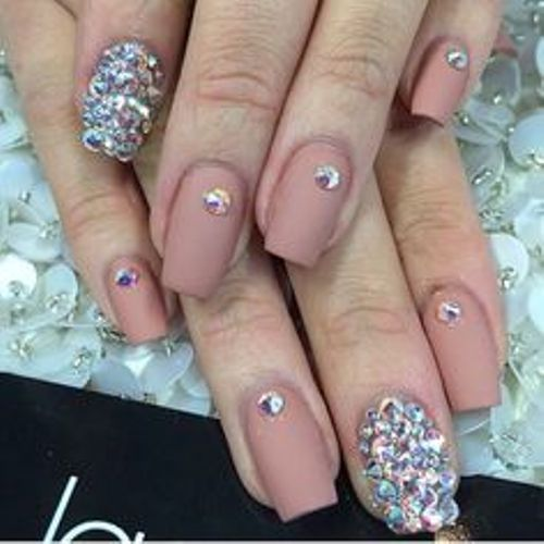 bejweled nail art