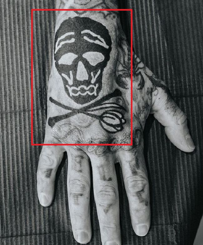 Travis Barker-Hand Tattoo