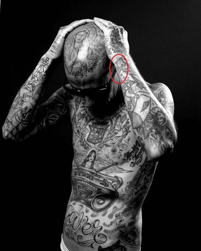 travis barker-cherries tattoo
