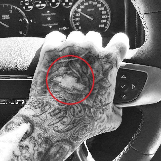travis barker-chevrolet tattoo