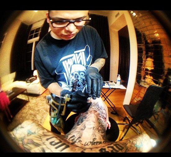 travis barker-chuey quintanar-gloria tattoo