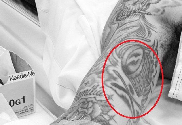 travis barker-drum tattoo