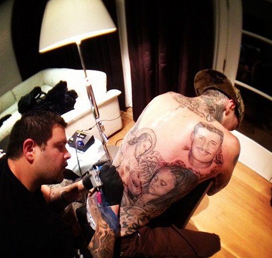 travis barker-jesus tattoo-franco vescovi