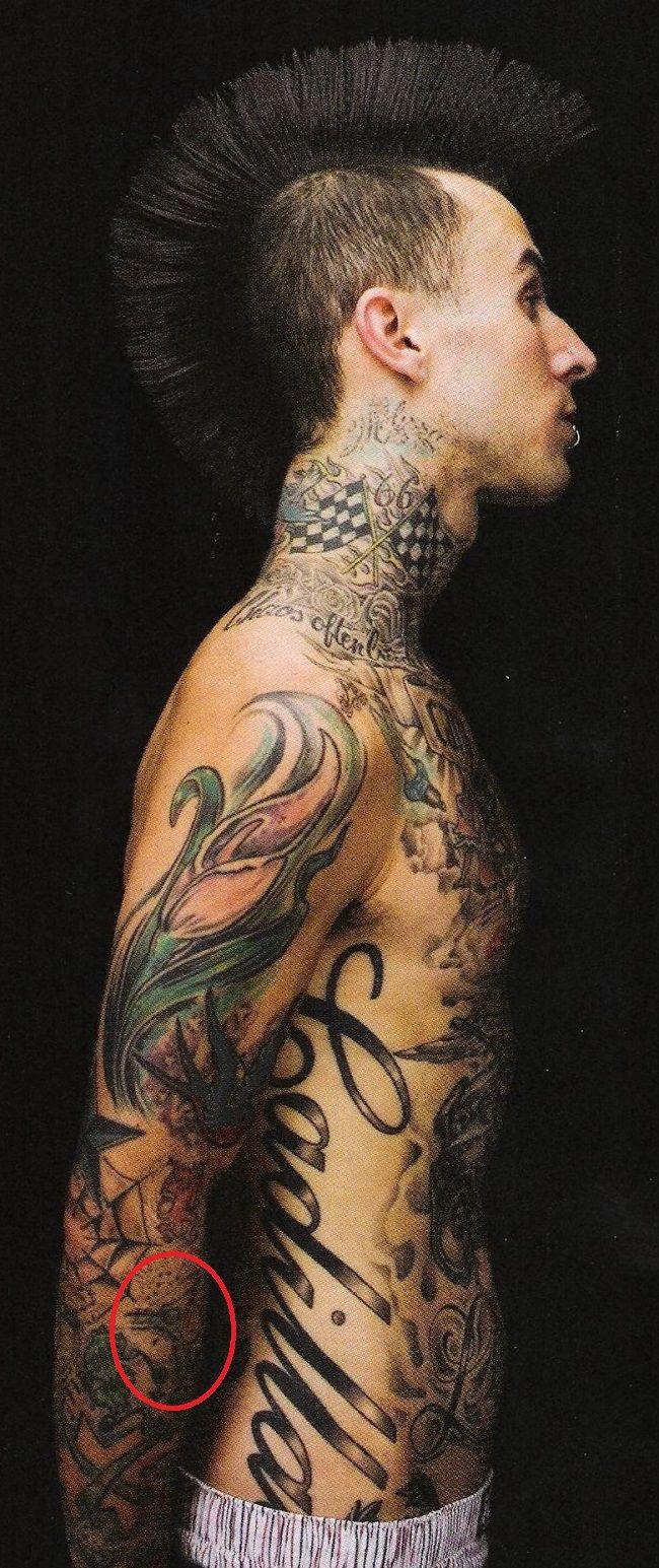 travis barker-martini glass tattoo