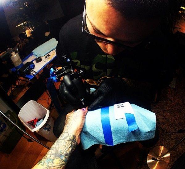 travis barker-misfits crimson ghost tattoo