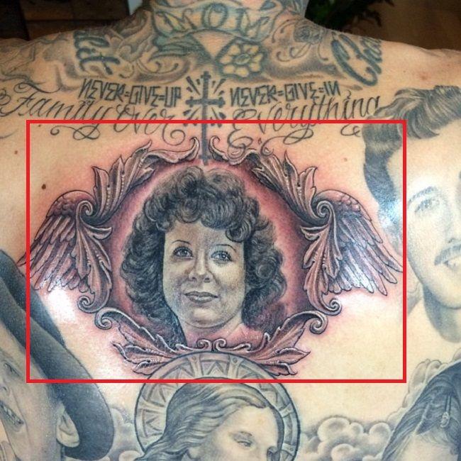 travis barker-mother portrait tattoo