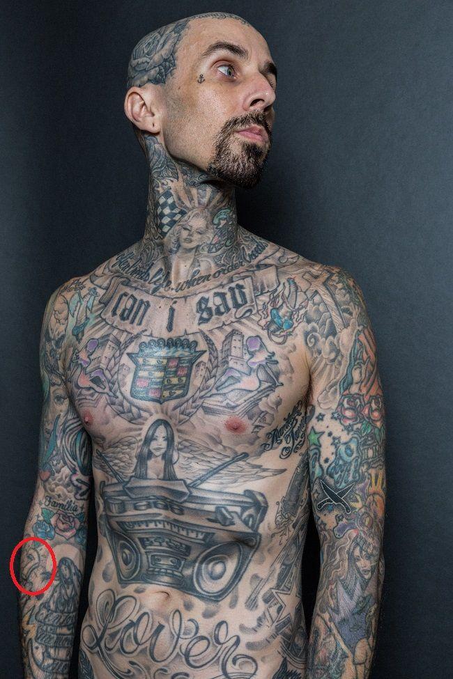 travis barker-number 7 tattoo