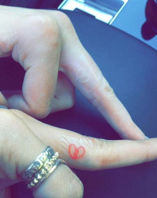 Hailey Baldwin-Kendall Jenner Broken Heart Tattoo