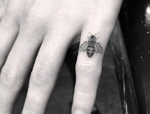 Emilia Clarke - Bumblebee Tattoo