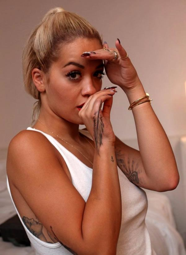 Rita Ora - Finger Tattoo