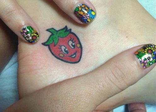 Katy Perry - strawberry tattoo