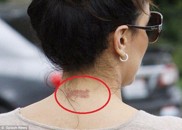 Eva-Longoria-Removed-Neck-tattoo