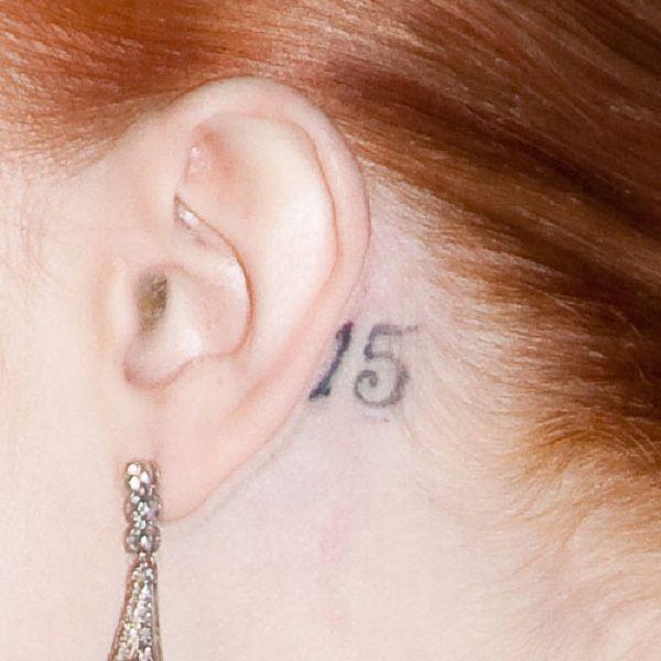 evan-rachel-wood-behind-ear-tattoo