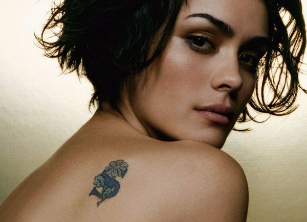 shannyn_sossamo flower tattoo