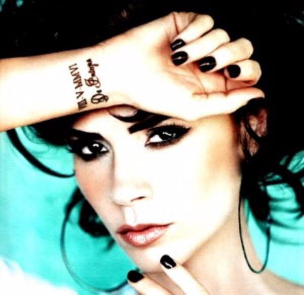 victoria-beckham-wrist-tattoo