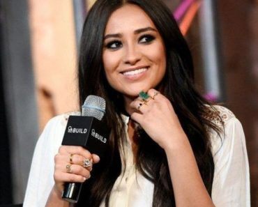 Shay Mitchell Tattoos