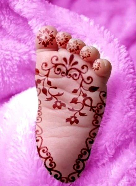 Sole Feet Mehndi.