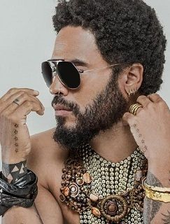 Lenny Kravitz star tattoo