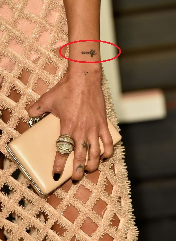 Zoe Kravitz Wolf tattoo
