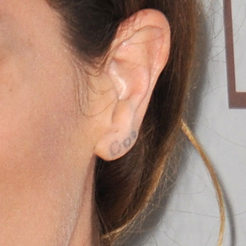 erin-wasson-ear-tattoo