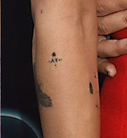 zoe-kravitz-ay-arm-tattoo