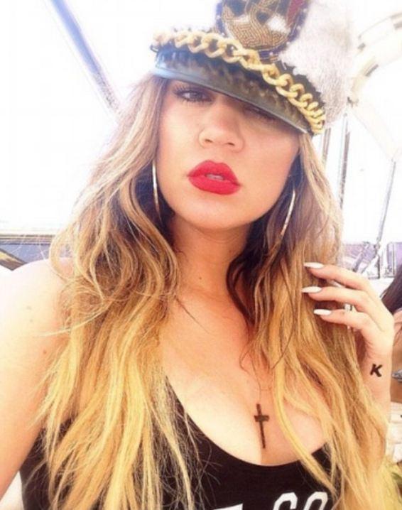 Khloe-Kardashian-Cross and K Tattoo