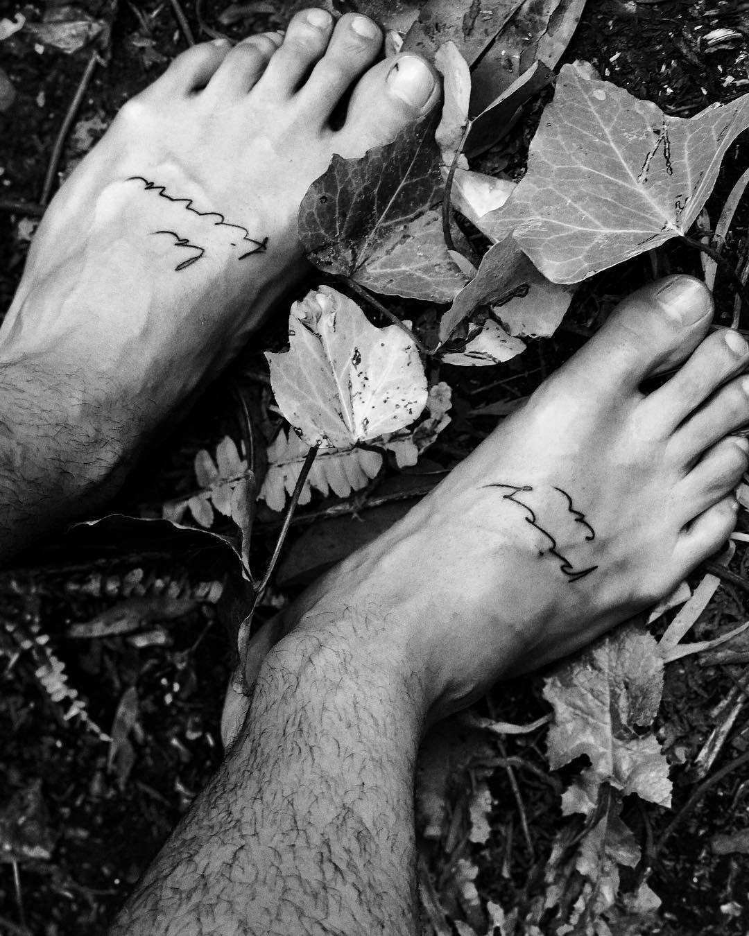 maluma feet tattoo