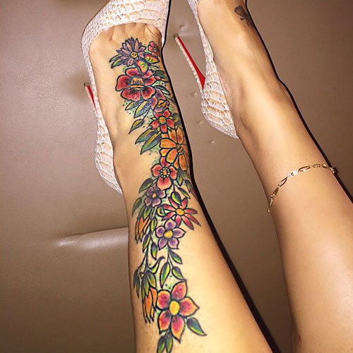 Blac-Chyna-Flowers on Ankle Tattoo