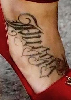 Blac-Pussy-foot-Tattoo