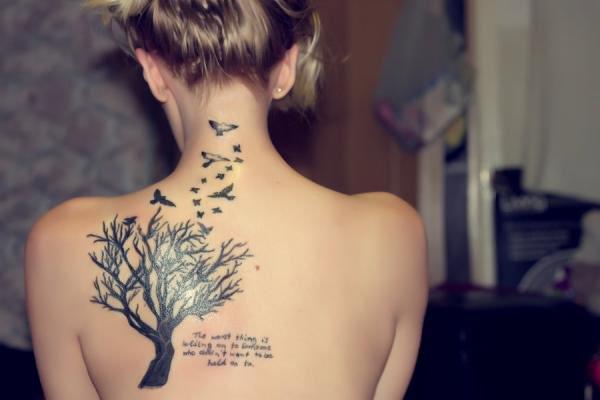 Lili Reinhart Back Tattoo