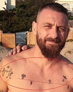 Daniel de Rosie chest Tattoo