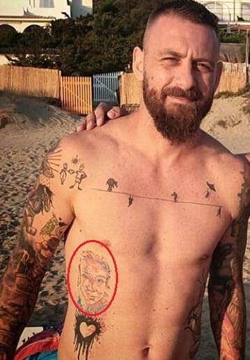 Daniel de Rosie right side face tattoo 1