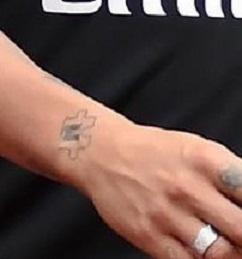 neymar jr puzzle tattoo