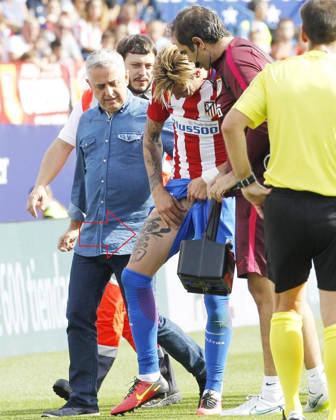 Jose Gimenez Right Thigh Tattoo