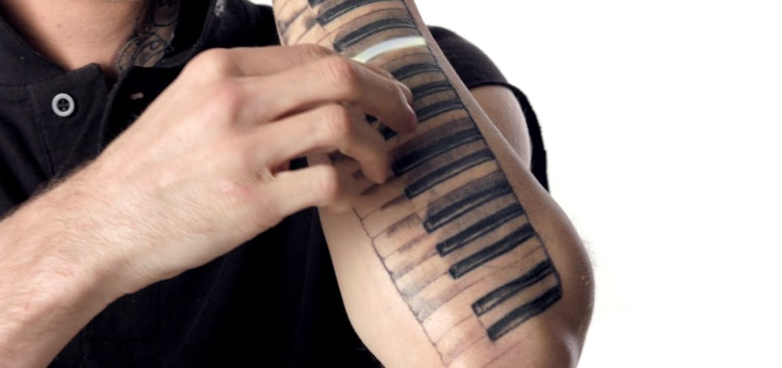Aaron Carter Piano Keys Tattoo