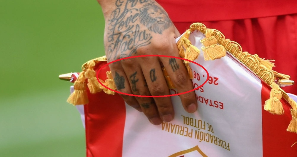 Paolo Guerrero Right Hand Knuckle Tattoo