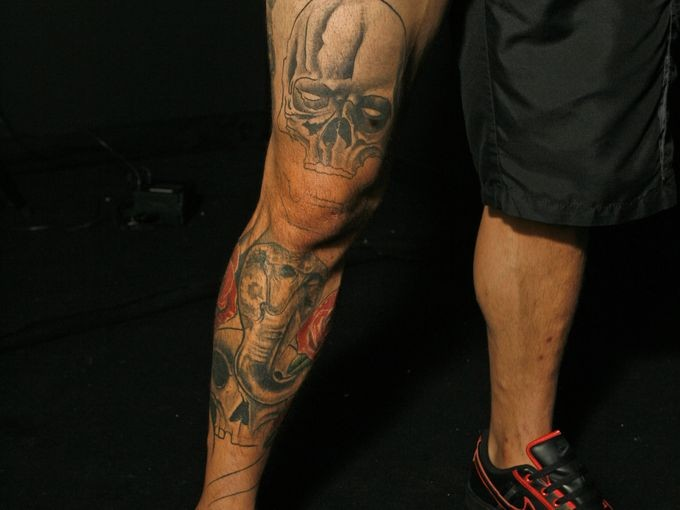 Cub Swanson Right Leg Tattoo