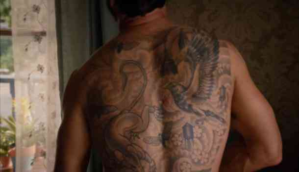 Justin Theroux back tattoo