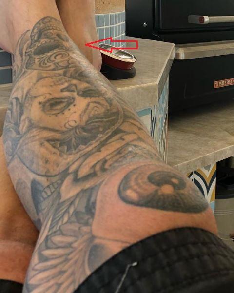 Carey Hart skull tattoo