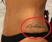 Cleo Pires phrase tattoo 1