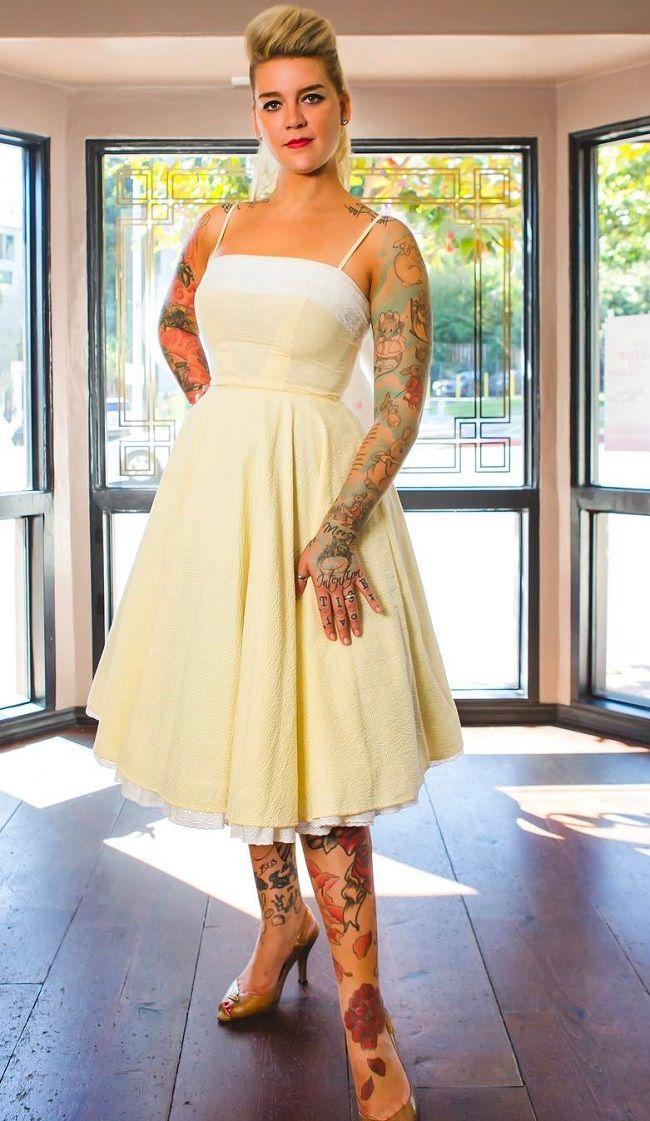 Zoey Taylor-tattoo artist