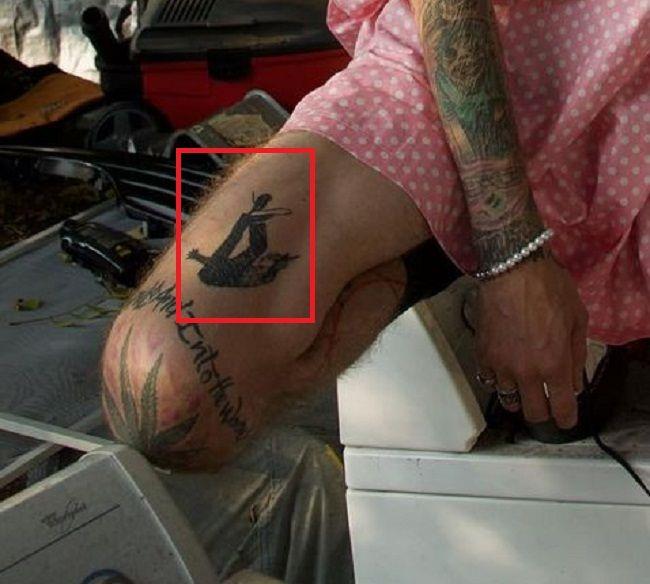 thigh tattoo of machine gun kelly
