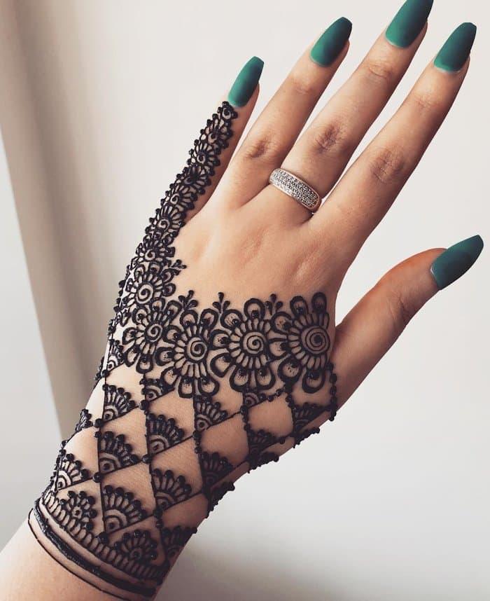 easy mehandi designs