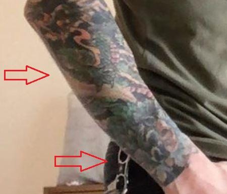 Daniel Weber leaves flowers tattoo