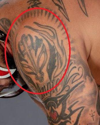 Rey cross on left choulder