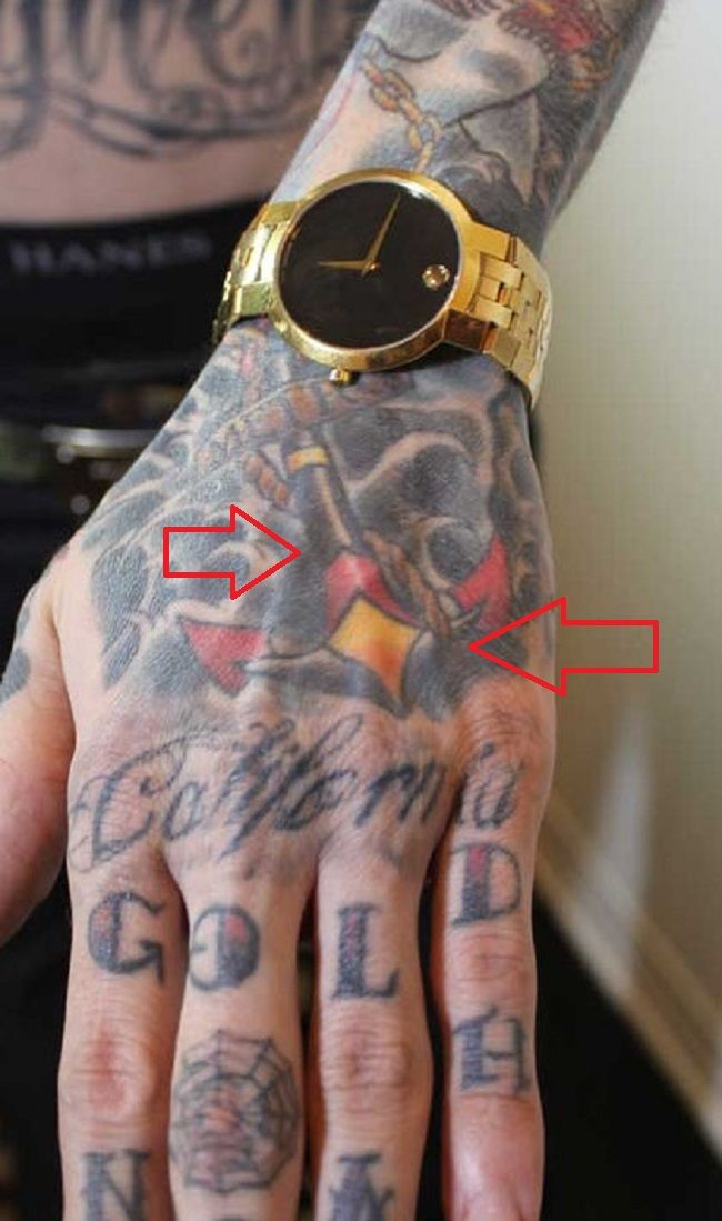 Trace Cyrus-Anchor Tattoo