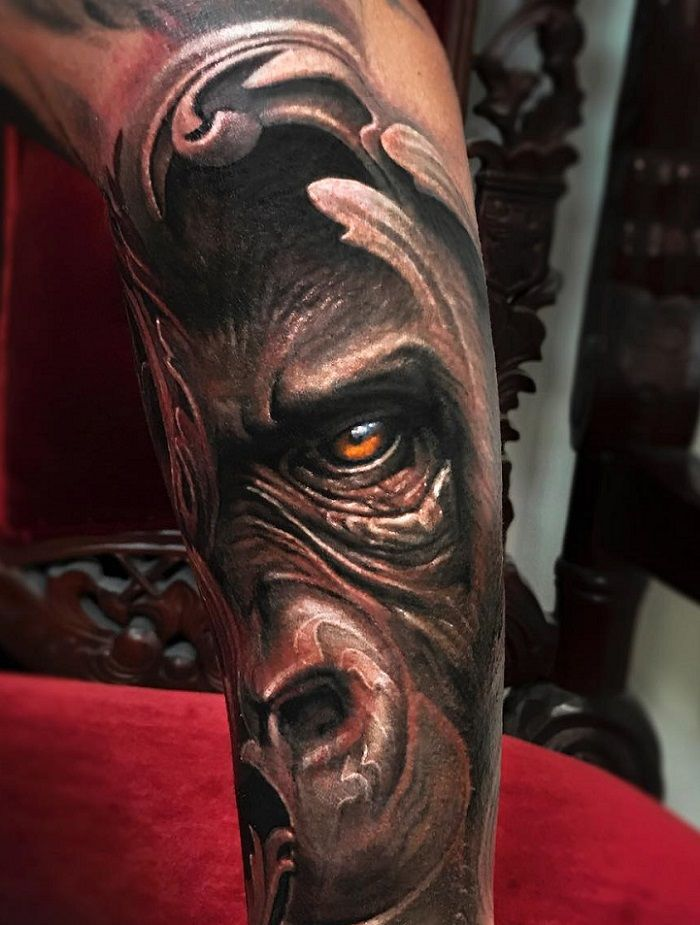 Jimmy Lewin-Gorilla Face-Tattoo